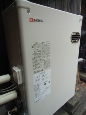 新潟県新潟市 OTQ-3705SAYノーリツ石油給湯器交換工事